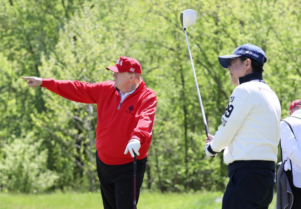 is donald trump a good golfer?